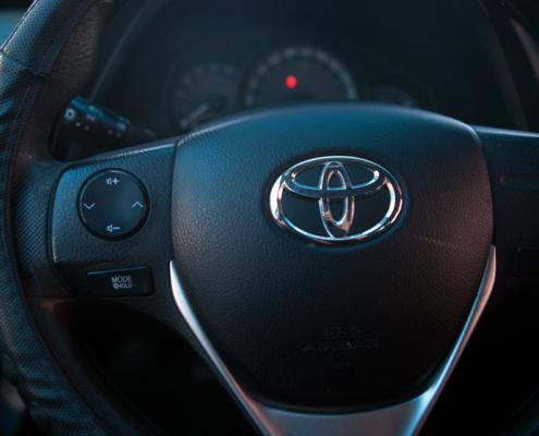 Toyota-Auris-DIESEL-EURO-5-'13-c