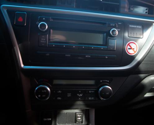 Toyota-Auris-DIESEL-EURO-5-'13-d