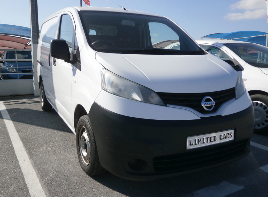 nissan-nv200-limited-cars.gr