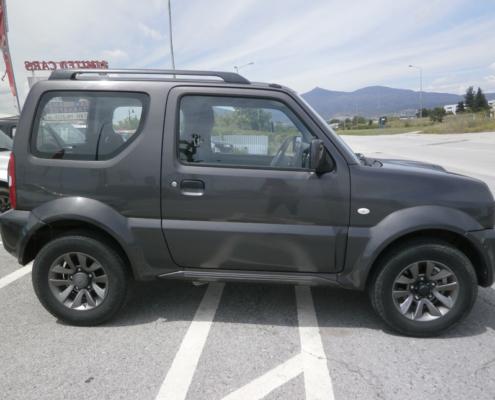 Suzuki-Jimny-'15.jpg-b