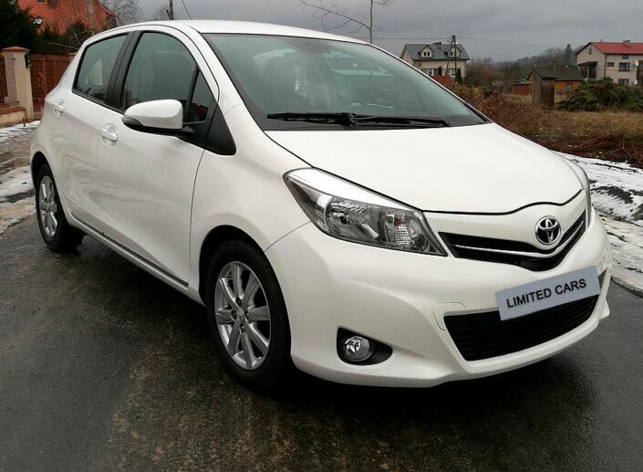 Toyota-Yaris-2013